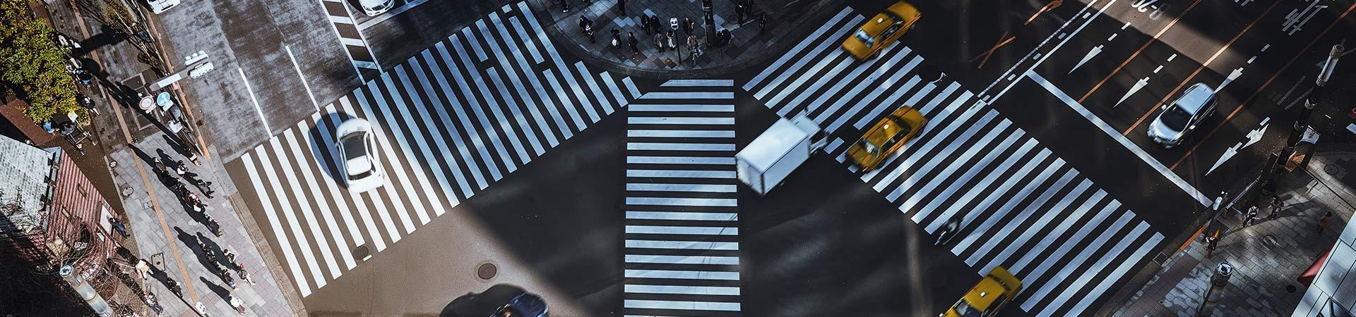 Straßenverkehr von oben